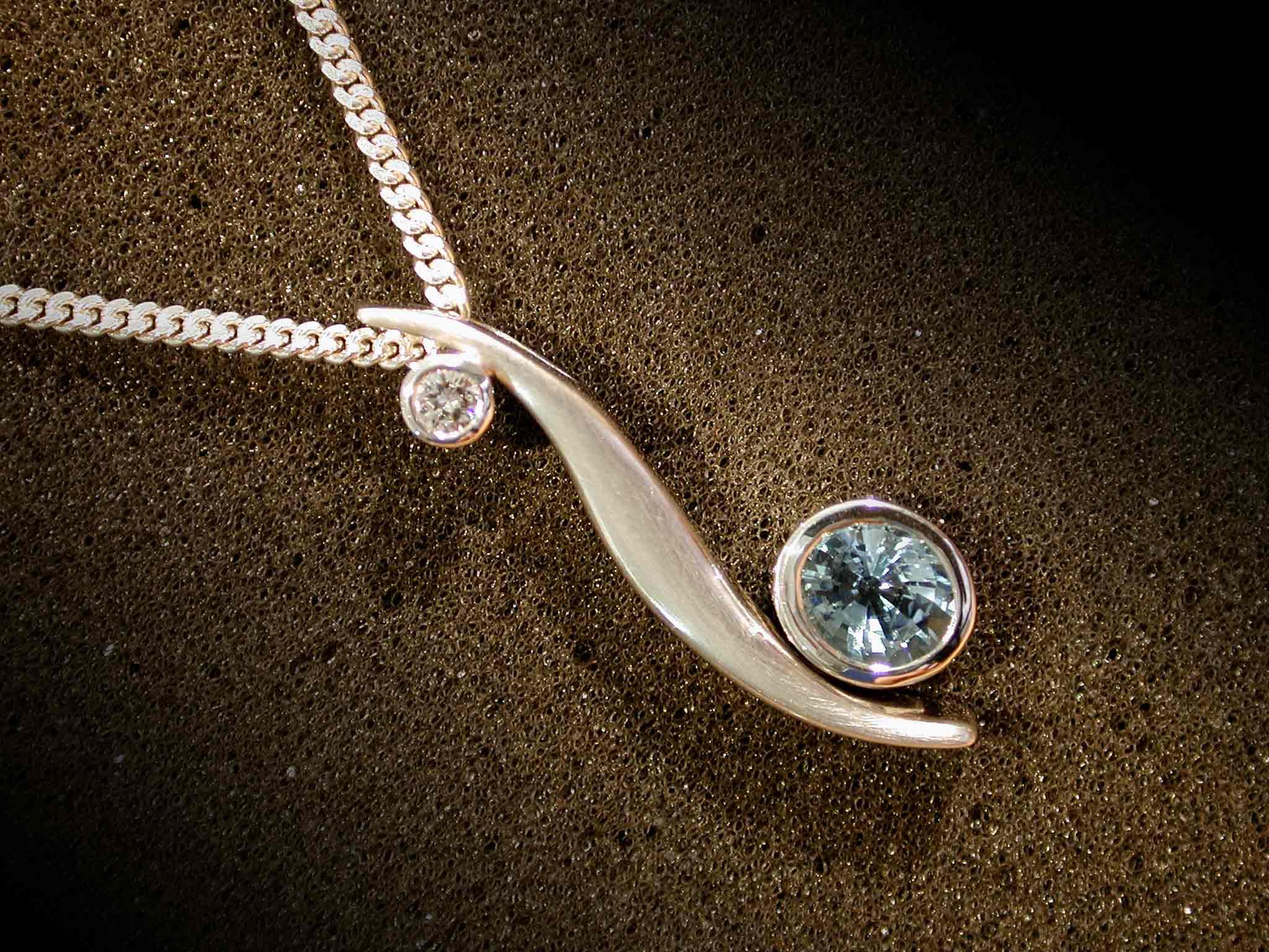 Aquamarin-Diamant-Weißgold-Kombination